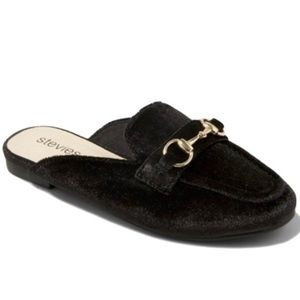 NEW Stevie's Black Velvet Gold Horse bit Mule Flat